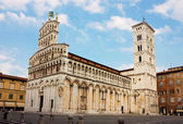 Basilica San Michele in Foro in Lucca, Italy — Stock Photo