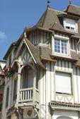 старинный дом — Стоковое фото