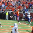 Clemson's Dwayne Allen catches a touchdown pass — Stock Photo