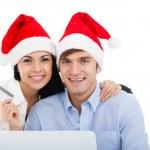 Christmas holiday par shopping på linje bärbar dator — Stockfoto