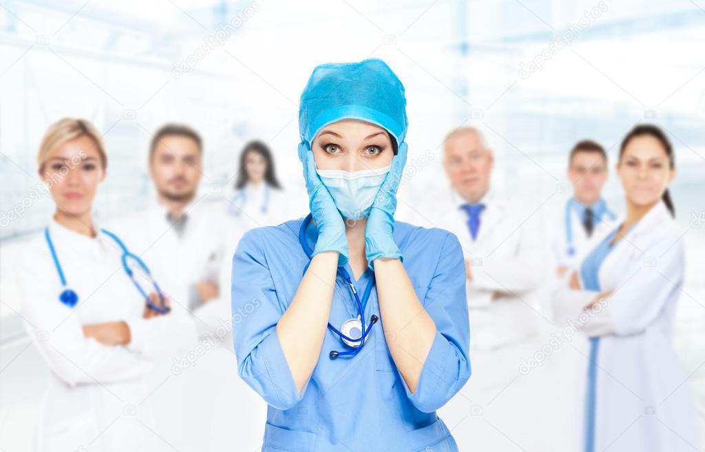 Медсёсра в больнице в стрингах фото 615-279