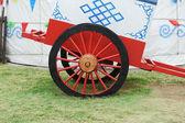 Vintage vintage häst transport hjul med mongoliet yurt — Stockfoto