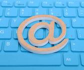 Icona e-mail su una tastiera — Foto Stock