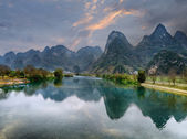 Sunset landscape of yangshuo in guilin,china — Foto Stock