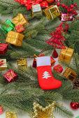 Calza di natale con regali — Foto Stock