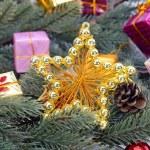 helle Weihnachten Komposition mit Sternen — Stockfoto