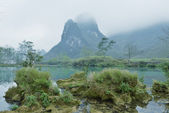 Karst mountain landscape in Yangshuo Guilin, China — Stock Photo