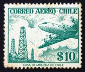 Selo postal torres de petróleo chile 1967 e douglas dc-6 — Foto Stock