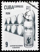 切手キューバ 1982年ラム酒、キューバの輸出 — ストック写真