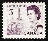 Postage stamp Canada 1967 Combine and Oil Rig, Prairie Region — Stock Photo