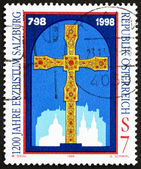Postage stamp Austria 1998 Golden Cross — Stock Photo