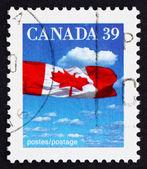 Posta pulu 1987 kanada kanada bayrağı ve bulutlar — Stok fotoğraf