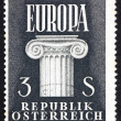 Postage stamp Austria 1960 Ionic Capital, United Europe — Stock Photo