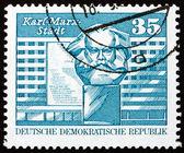Postage stamp GDR 1973 Marx Monument, Karl-Marx-Stadt, Chemnitz — Stock Photo
