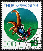 Timbre-poste rda 1983 coq, verre de thuringe — Photo