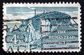 Postage stamp USA 1962 Sod Hut and Settlers — Stock Photo