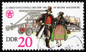 Postage stamp GDR 1986 Couple in Folk Dress — Stock Photo