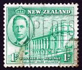Postage stamp New Zealand 1946 Parliament House, Wellington — Stock Photo