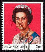 Postage stamp New Zealand 1985 Queen Elizabeth II — Stock Photo