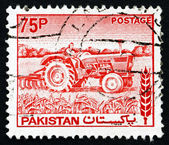 Postage stamp Pakistan 1978 Woman Tractor Driver — Stockfoto