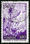 Aldeia de Marrocos 1955 selo postal no anti-atlas — Fotografia Stock
