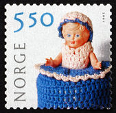 Postage stamp Norway 2001 Doll with Crocheted Clothing — Stock Photo