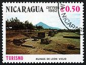 Znaczek nikaragui 1982 ruiny, leon viejo — Zdjęcie stockowe