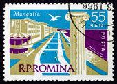 Postage stamp Romania 1960 Ionian Column and Mangalia Beach — Stock Photo