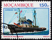 Postage stamp Mozambique 1981 Tugboat Macuti — Stock Photo