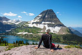 Wandern in glacier nationalpark — Stockfoto