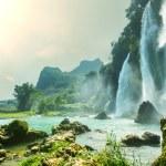 Waterfall in Vietnam — Stock Photo #16027217