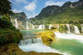 Cascada en vietnam — Foto de Stock