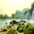 Waterfall in Vietnam — Stock Photo #19231519