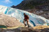 ノルウェーでのハイキングします。 — ストック写真
