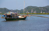 Boat in Halong — Stock Photo