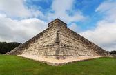 Pyramid in Mexico — Stock Photo