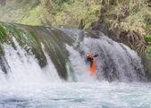 Kayaker in waterfall — Stock Photo