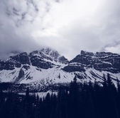 Canadian mountains — Stock Photo