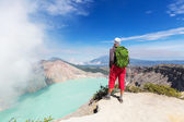 Man and crater Volcano Ijen — Stock Photo