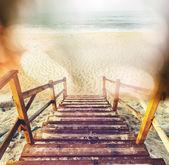 海滩上的木板路 — 图库照片