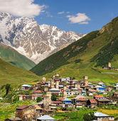 Ushguli pueblo. cáucaso — Foto de Stock