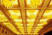 Luxe hôtel conférence salle plafond — Photo