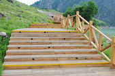 Curving wood pavement steps — Stock Photo