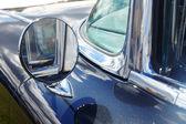 Lusterko wsteczne z retro samochodów — Zdjęcie stockowe