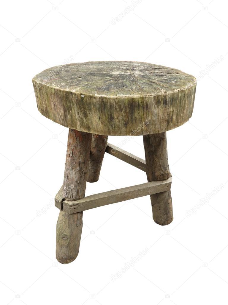In legno grezzo a mano tavolo da giardino isolato sopra bianco ...
