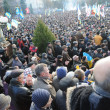 Ternopil, UKRAINE  DECEMBER 1: Protest on Euromaydan in Ternopil against the president Yanukovych and his government on DECEMBER 1, 2013 in Ternopil, Ukraine — Foto Stock