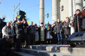 Ternopil, UKRAINE DECEMBER 1: Protest on Euromaydan in Ternopil against the president Yanukovych and his government on DECEMBER 1, 2013 in Ternopil, Ukraine — Stockfoto