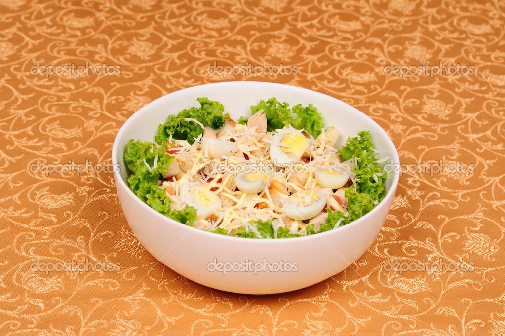 Салат из курицы сыр яйца