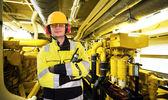 Trabajador de cuarto de motor — Foto de Stock