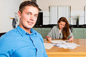 Couple getting their Personal Finance in order — Stock Photo